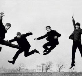 Flash back στην εκπληκτική & δυστυχώς τελευταία παράσταση των Beatles μαζί στο Λονδίνο - 30/01/1968 - μετά κάθε σκαθάρι τράβηξε το δρόμο του!  - Κυρίως Φωτογραφία - Gallery - Video