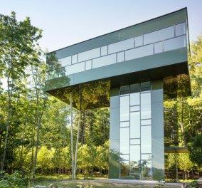 Αν σας αρέσει η φύση, αυτό είναι σίγουρα το σπίτι των ονείρων σας: Μέσα στο καταπράσινο δάσος, στις κορφές των δέντρων, μοντέρνο, οικολογικό, θα σας μαγέψει (φωτογραφίες) - Κυρίως Φωτογραφία - Gallery - Video