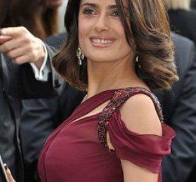 Η Σάλμα Χάγιεκ στη Σύμη!! - Κυρίως Φωτογραφία - Gallery - Video
