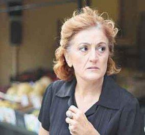 Υρώ Μανέ - ''Συμβολαιογραφος'' στη Σύρο στις 13 Αυγούστου - Κυρίως Φωτογραφία - Gallery - Video