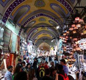 O Morris μας καρφώνει! O Τούρκος που πουλάει τις τσάντες μαϊμού Louis Vuitton, Bottega, Dior, Chanel στις διάσημες Ελληνίδες! (Φωτό) - Κυρίως Φωτογραφία - Gallery - Video