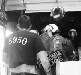 Απίστευτο - ΜΑΤ κλέβουν νερά από περίπτερο στα Εξάρχεια και χτυπούν τον ιδιοκτήτη - Βίντεο που κάνει τον γύρο του κόσμου! - Κυρίως Φωτογραφία - Gallery - Video