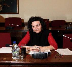 Η συγγραφέας & ποιήτρια, αν. Υπουργός Οικονομικών Νάντια Βαλαβάνη: Ιδού τα 3 πιο ενδιαφέροντα βιβλία της! - Κυρίως Φωτογραφία - Gallery - Video