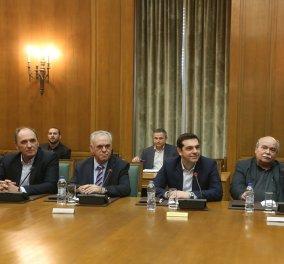 Αλέξης Τσίπρας στο υπουργικό συμβούλιο: ''Όχι σε άλλο Μνημόνιο - Ναι σε μεταρρυθμίσεις''! - Κυρίως Φωτογραφία - Gallery - Video