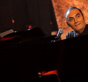 Ο Iταλός τραγουδιστής Πίνο Μάνγκο πέθανε στη διάρκεια συναυλίας - H σχέση του με την Ελευθερία Αρνανιτάκη & την Βάνα Μπάρμπα - Κυρίως Φωτογραφία - Gallery - Video