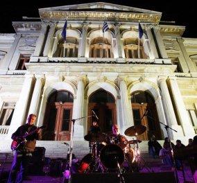 Γιατί οι Κυκλάδες μπορούν να γίνουν τα «νησιά της τζαζ» - Η ομορφιά του Αιγαίου στην μελωδία του σαξόφωνου - Κυρίως Φωτογραφία - Gallery - Video