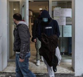 Σπέτσες- έγκλημα: Προφυλακιστέος ο 22χρονος φερόμενος ως δράστης της δολοφονίας του 26χρονου- Εξακολουθεί να αρνείται τις κατηγορίες, τι ζήτησε η υπεράσπιση - Κυρίως Φωτογραφία - Gallery - Video