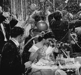Vintage Πρωτοχρονιές: Όταν οι άνθρωποι γλεντούσαν, γελούσαν, χόρευαν - Ανέμελα, ασπρόμαυρα κλικς (φωτό) - Κυρίως Φωτογραφία - Gallery - Video