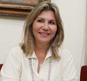 Ζέττα Μακρή: Τα ντυσίματα, τα χρώματα, τα αξεσουάρ- Η μόδα της πιο stylish Ελληνίδας υφυπουργού (φωτό) - Κυρίως Φωτογραφία - Gallery - Video