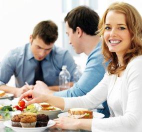 Η δίαιτα του... γραφείου! Διατροφικά tips για τις ημέρες της εβδομάδας που βρίσκεστε στον χώρο εργασία σας! - Κυρίως Φωτογραφία - Gallery - Video