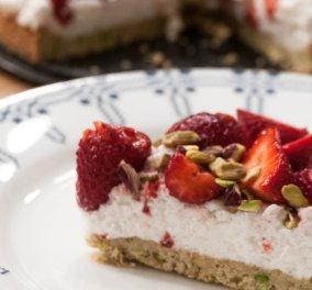 Τάρτα με φράουλες χωρίς γλουτένη του Άκη Πετρετζίκη - Για να μην στερείστε απόλαυση - Κυρίως Φωτογραφία - Gallery - Video