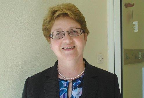 Υποψήφια Ευρωβουλευτής η Βάσω Μώραλη - Η πρώτη γυναίκα που μετέδωσε απευθείας ποδοσφαιρικούς αγώνες - Κυρίως Φωτογραφία - Gallery - Video