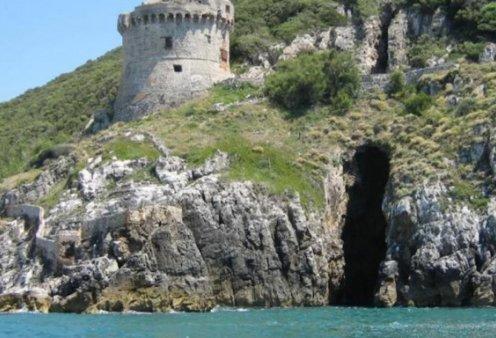 Είναι αυτό το νησί της Κίρκης; Τι αποκαλύφθηκε σε εκθαμβωτική σπηλιά στην κεντρική Ιταλία - Τα συναρπαστικά ευρήματα των αρχαιολόγων (φώτο-βίντεο) - Κυρίως Φωτογραφία - Gallery - Video