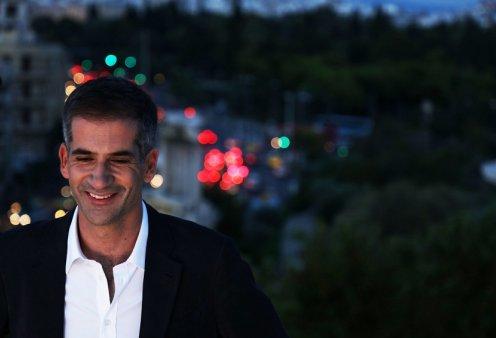 Ο Κώστας Μπακογιάννης και η Αφροδίτη Παναγιωτάκου του Ιδρύματος Ωνάση  απαντούν στα αρνητικά σχόλια για το στολισμό της Αθήνας  - Κυρίως Φωτογραφία - Gallery - Video