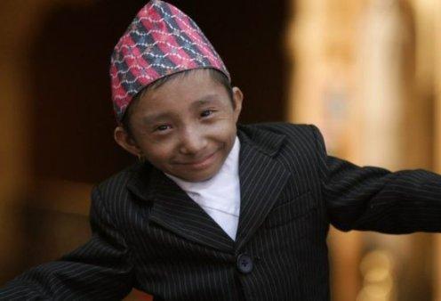 Πέθανε στα 27 του ο πιο μικρόσωμος άνθρωπος του κόσμου - Με ύψος 67 εκατοστών είχε  γραφτεί στο βιβλίο Γκίνες (φώτο-βίντεο) - Κυρίως Φωτογραφία - Gallery - Video
