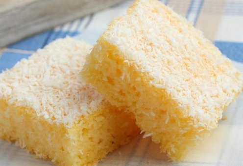Είστε λάτρεις της καρύδας; Ένα εύκολο και πεντανόστιμο κέικ με το αγαπημένο σας φρούτο από τη Ντίνα Νικολάου - Κυρίως Φωτογραφία - Gallery - Video