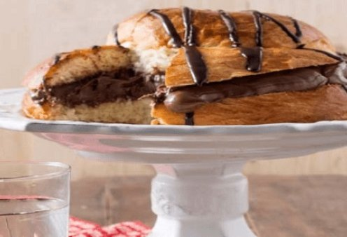 H Αργυρώ Μπαρμπαρίγου φτιάχνει το πιο λαχταριστό τσουρέκι που έχετε δοκιμάσει - Γεμιστό με σοκολάτα και πραλίνα! - Κυρίως Φωτογραφία - Gallery - Video