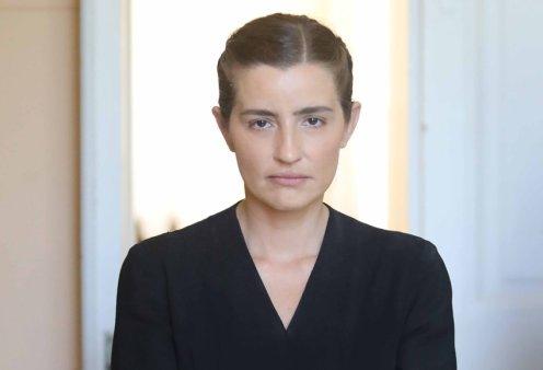 """""""Άγριες Μέλισσες"""": H Ελένη αντιμέτωπη με μια έκπληξη στο σπίτι του Βόσκαρη- Ο Μελέτης πάει στο Παρίσι - Κυρίως Φωτογραφία - Gallery - Video"""