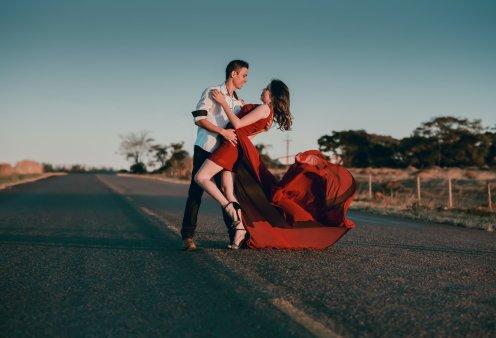 Χρωματικοί τύποι και έρωτας - το μήνυμα που στέλνει το χρώμα που επιλέγουμε να φορέσουμε - Κυρίως Φωτογραφία - Gallery - Video
