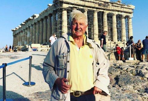 Στην Ακρόπολη ο πατέρας του Μπόρις Τζόνσον χωρίς μάσκα – Πανευτυχής στο Πήλιο & στην Αθήνα (Φωτό & Βίντεο)  - Κυρίως Φωτογραφία - Gallery - Video