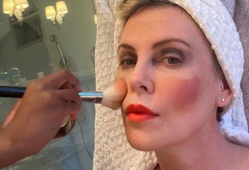 Charlize Theron & Chiara Ferragni έγιναν μοντέλα για τα παιδιά τους - Τις μακιγιάρισαν με τον πιο ευφάνταστο τρόπο! (φωτό - βίντεο) - Κυρίως Φωτογραφία - Gallery - Video