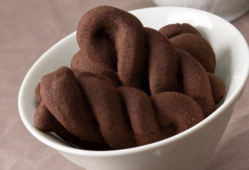 Ο Στέλιος Παρλιάρος μας ετοιμάζει υπέροχα σοκολατένια κουλούρια - Κυρίως Φωτογραφία - Gallery - Video