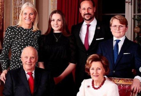 Η πριγκίπισσα της Νορβηγίας Ίνγκριντ - Αλεξάνδρα έκλεισε τα 17 - Μα πόσο όμορφη δεσποινίς η μελλοντική βασίλισσα (φώτο)  - Κυρίως Φωτογραφία - Gallery - Video