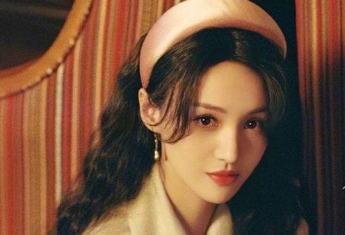 Σάλος με την διασημότερη Κινέζα ηθοποιό που φέρεται να εγκατέλειψε τα παιδιά της: Τα περίμενε από παρένθετη μητέρα (φωτό) - Κυρίως Φωτογραφία - Gallery - Video
