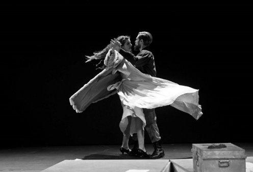 Το θέατρο Σταθμός online: Η παράσταση «Για την Ελένη» του Μάνου Καρατζογιάννη με τους Μαρία Κίτσου & Μάριο Μακρόπουλο (βίντεο & φωτό) - Κυρίως Φωτογραφία - Gallery - Video
