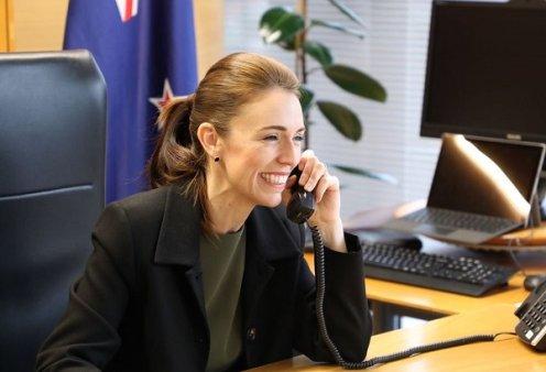 Η πρωθυπουργός της Νέας Ζηλανδίας με ένα μόνο κρούσμα έκλεισε όλη την πρωτεύουσα (βίντεο) - Κυρίως Φωτογραφία - Gallery - Video