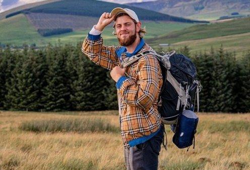 Τραγικός θάνατος για 22χρονο Youtuber: Ο Albert Dyrlund έπεσε από γκρεμό στις ιταλικές Άλπεις ενώ τραβούσε βίντεο (φωτό & βίντεο) - Κυρίως Φωτογραφία - Gallery - Video
