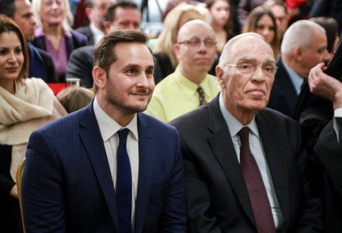 Μάριος Γεωργιάδης: Συγκινεί ο γιος του Βασίλη Λεβέντη για την υγεία του πατέρα του - «Όποιος επιθυμεί ας κάνει μια προσευχή…» (φωτό) - Κυρίως Φωτογραφία - Gallery - Video