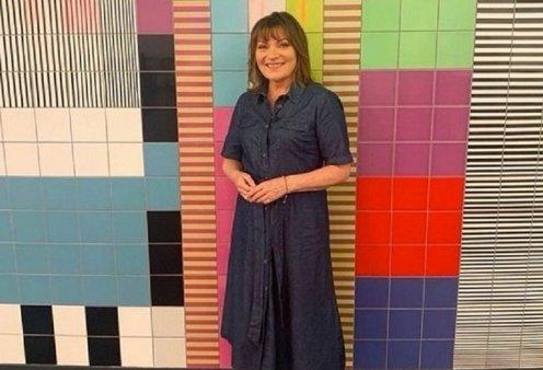 H τηλεπαρουσιάστρια Lorraine Kelly αποκαλύπτει πώς έχασε τα περιττά κιλά της - Δύο νούμερα λιγότερο χωρίς δίαιτα (φώτο-βίντεο) - Κυρίως Φωτογραφία - Gallery - Video