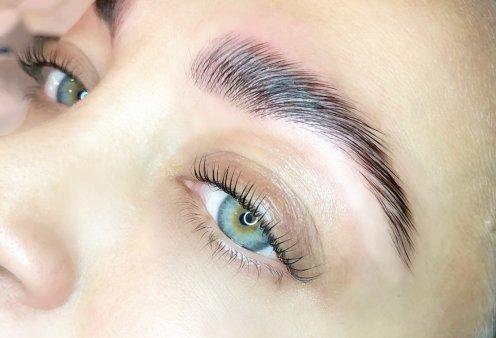 Το βλέμμα της γυναίκας είναι το Α και το Ω: Η Έλενα Κοκκαλίδου, η beauty expert των διασήμων μας παρουσιάζει το browlift & το lashlift - Κυρίως Φωτογραφία - Gallery - Video