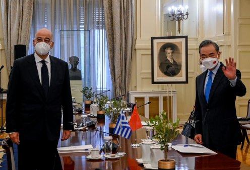Συνάντηση Δένδια με τον Κινέζο ΥΠΕΞ: Η Ελλάδα πύλη εισόδου από την Ασία στην Ευρώπη  - Κυρίως Φωτογραφία - Gallery - Video