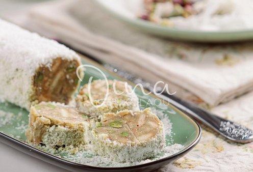 Ντίνα Νικολάου: Κορμός λευκής σοκολάτας με φυστίκι και ινδοκάρυδο - το πιο νόστιμο γλυκό που έχετε δοκιμάσει - Κυρίως Φωτογραφία - Gallery - Video