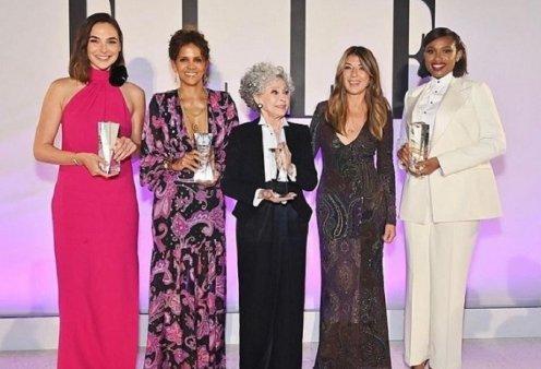 """All Star"" κόκκινο χαλί για το Elle Usa: Angelina Jolie- Halle Berry- Salma Hayek- Demi Moore- Jennifer Hudson (φώτο) - Κυρίως Φωτογραφία - Gallery - Video"