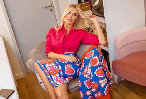 Made in Greece τα C Manolo: Άριστη ποιότητα, φανταστικά σχέδια, θηλυκά ρούχα -  Δείτε την συλλογή για το Φθινόπωρο 2021 - Κυρίως Φωτογραφία - Gallery - Video