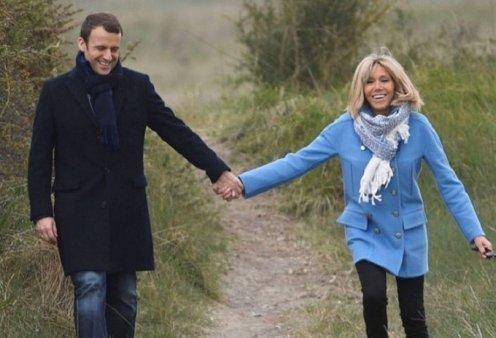Επέτειος γάμου για τα πιτσουνάκια Μπριζίτ & Εμανουέλ Μακρόν - Ο πρόεδρος & η Πρώτη Κυρία γιορτάζουν 14 χρόνια κοινής ζωής -Πάντα ερωτευμένοι! (φώτο) - Κυρίως Φωτογραφία - Gallery - Video