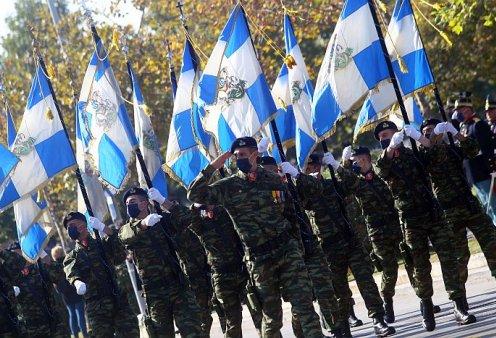 Ολοκληρώθηκε η στρατιωτική παρέλαση στη Θεσσαλονίκη - Συγκίνησε το μήνυμα του πιλότου του F-16 (φωτό - βίντεο) - Κυρίως Φωτογραφία - Gallery - Video