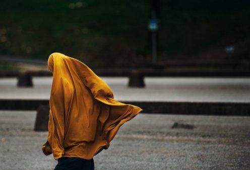 «Νύφες του ISIS» στην Ελλάδα; Πληροφορίες ότι κορίτσια και γυναίκες προετοιμάζονται για το ισλαμικό χαλιφάτο - Κυρίως Φωτογραφία - Gallery - Video