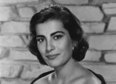 Vintage Beauty: Ωδή στην Ελληνική κλασσική ομορφιά - Ειρήνη Παππά σε σπάνιες φωτό, όταν της υποκλινόταν το παγκόσμιο σινεμά - Κυρίως Φωτογραφία - Gallery - Video