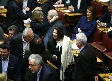 Ολοκληρώθηκε η ορκωμοσία της νέας Βουλής - Τα παραλειπόμενα, οι νέοι και οι πρωτιές στα έδρανα! (φωτό) - Κυρίως Φωτογραφία - Gallery - Video