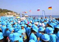 Κινέζος δισεκατομμυριούχος πήγε τους 6.400 εργαζόμενους του διακοπές στη Γαλλία - Έκλεισε 84 αεροπλάνα & 140 ξενοδοχεία - Κυρίως Φωτογραφία - Gallery - Video 5
