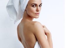 Γυμνοί με μία πετσέτα -  Έτσι φωτογραφίζει ο Μario Testino: Kate Upton, Anna Wintour, Ronaldo & Selena Gomez - Κυρίως Φωτογραφία - Gallery - Video