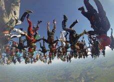 Συναρπαστικό θέαμα στον ουρανό: 164 τολμηροί άνθρωποι σχημάτισαν πανέμορφο λουλούδι - Παγκόσμιο ρεκόρ  - Κυρίως Φωτογραφία - Gallery - Video