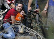 Σπαρακτικές φωτογραφίες με προσφυγόπουλα στα Σκόπια την ώρα των συγκρούσεων με την αστυνομία - Κυρίως Φωτογραφία - Gallery - Video