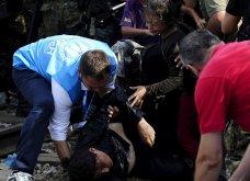 Σπαρακτικές φωτογραφίες με προσφυγόπουλα στα Σκόπια την ώρα των συγκρούσεων με την αστυνομία - Κυρίως Φωτογραφία - Gallery - Video 10