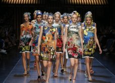 Οι Dolce & Gabbana ερωτεύτηκαν την Ιταλία του 40 & ντύνουν μαγευτικά τις γυναίκες το ερχόμενο καλοκαίρι  - Κυρίως Φωτογραφία - Gallery - Video