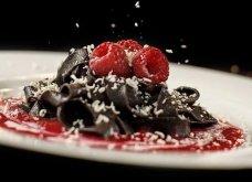 Η νέα τρέλα στην Ιταλία για επιδόρπιο: Ταλιατέλες ή πένες από σοκολάτα με φράουλες & ξηρούς καρπούς - Κυρίως Φωτογραφία - Gallery - Video 2